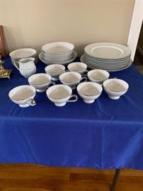 Full set of Mikasa china.