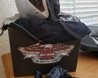 Harley Davidson helmet and gloves, used once!