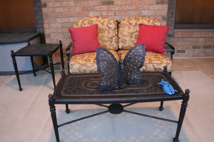 GENSUN BELLA VISTA LOVESEAT Coffee Table and Side Table