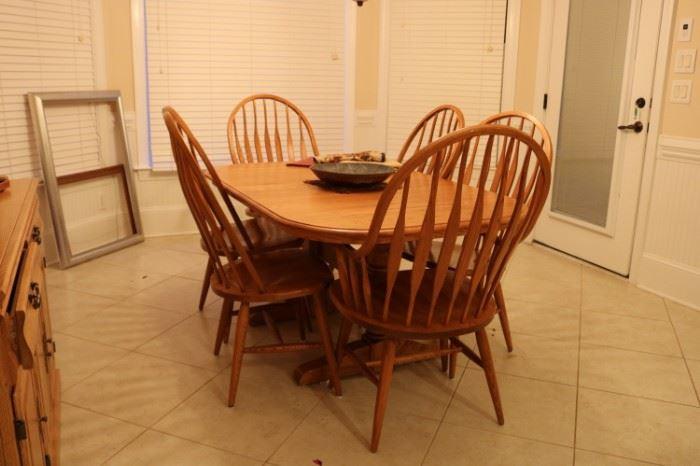 Oak Kitchen Table & 6 Chairs