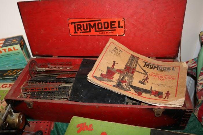 1928 ERECTOR SET TRUMODEL THE DUPLEX STANDARD CONSTRUCTION TOY