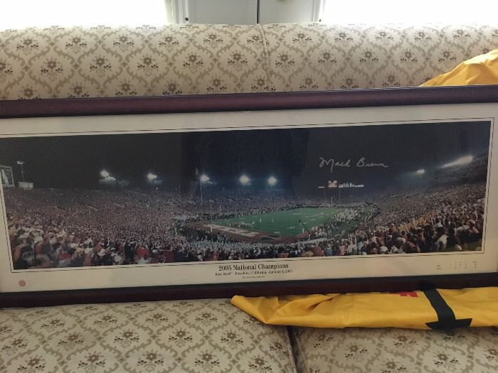 2005 Rose Bowl National Champ Picture -- signed by Mack Brown
