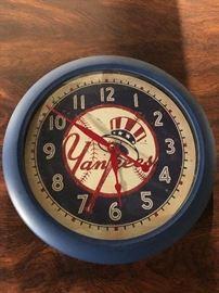 Vintage 1999 MLB New York NY Yankees Baseball Timeworks Collector's Wall Clock