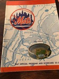 1967 New York Mets Official Program & Scorecard Hank Aaron