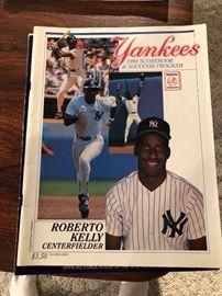 1990 Yankees Scorebook and Souvenir Program Roberto Kelly