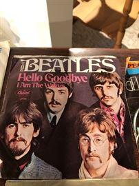 The Beatles Hello Goodbye, I am the Walrus 45