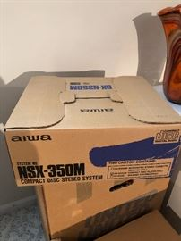Aiwa NSZ-350M Compact Disc Stereo System