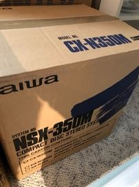 Aiwa CX-350M Compact Disc Stereo System