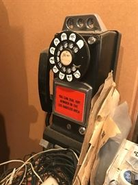 Coin operated pay phone
