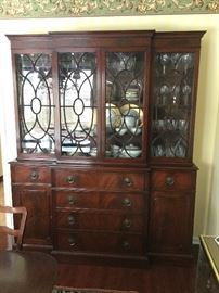 China cabinet (contents no included)