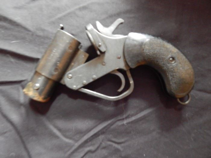 Metal Flare Gun  *This item will not be discounted or go to auction*