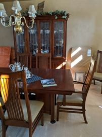 Bob Timberlake dining room table and 8 chairs, custom table pads