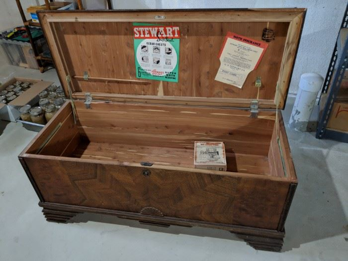 $90  Hope chest