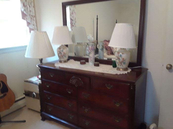 Mahoganey Dresser