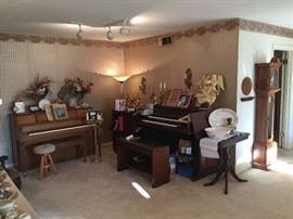 In the Living Room we have a Yamaha Electone US1 Organ with accessories and bench. We also have a Hobart M Cable Piano with bench. Both in perfect condition.