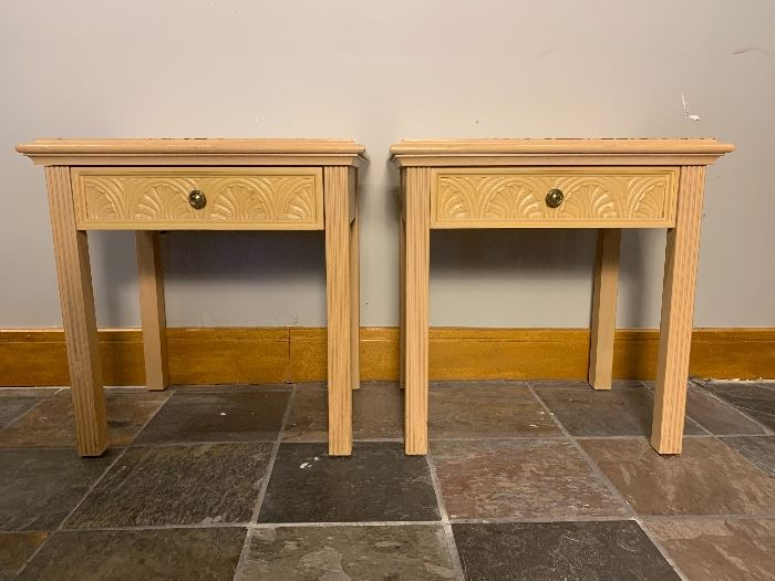 VINTAGE PAIR OF AMERICAN OF MARTINSVILLE NIGHT STANDS