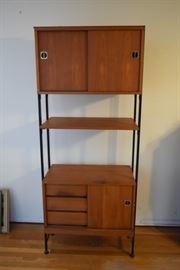 Maurer Freestanding Storage Shelving Unit https://ctbids.com/#!/description/share/119115