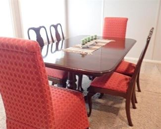 CHERRY TABLE WITH PADS +  4- WOOD SIDE CHAIRS  / 2- PARSON CHAIRS