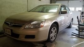2006 Honda  Accord.  60k miles.