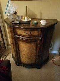 Demi Lume Cabinet