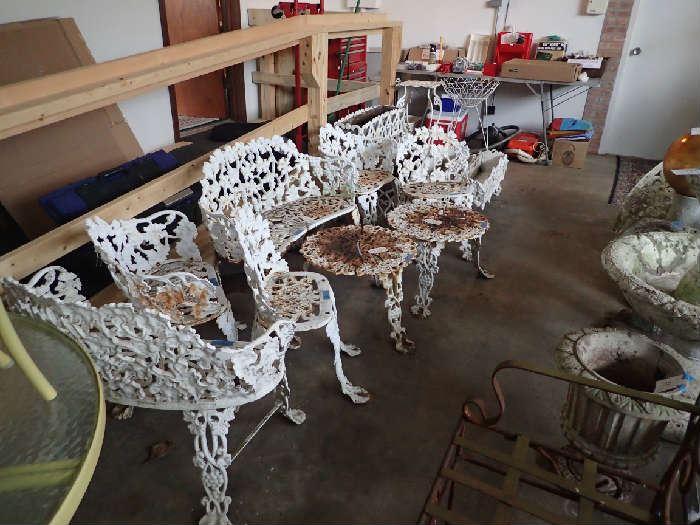 Cast Iron Lawn Furniture