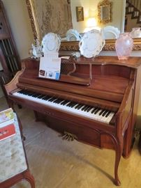 OVERALL FRENCH PROVINCIAL STYLING OF UPRIGHT PIANO