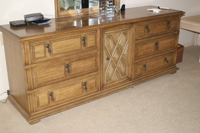 Nine drawer chest with mirror.