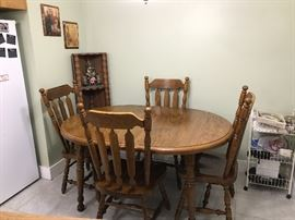 5 pc Wooden Dining Table