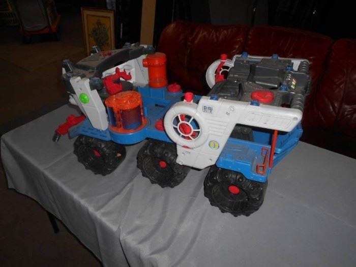 Childs Toy Truck Ride On