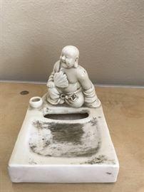 Blanc de Chine Slip Porcelain