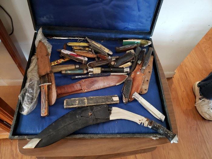 Knives and razors