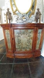 Entry hall console closed