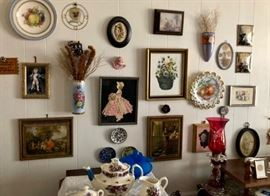 Totally vintage home with collectibles