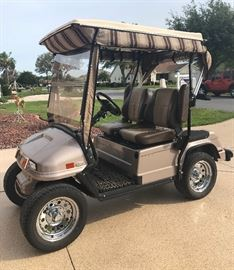 Like New 2010 Street Legal Electric Par Car with Bucket Seats and Seat Belts - $3,200