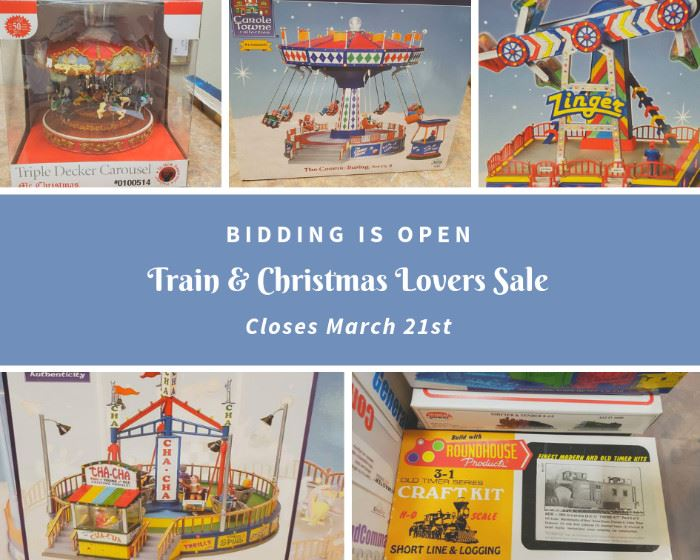 Train and Christmas Lovers Downsizing