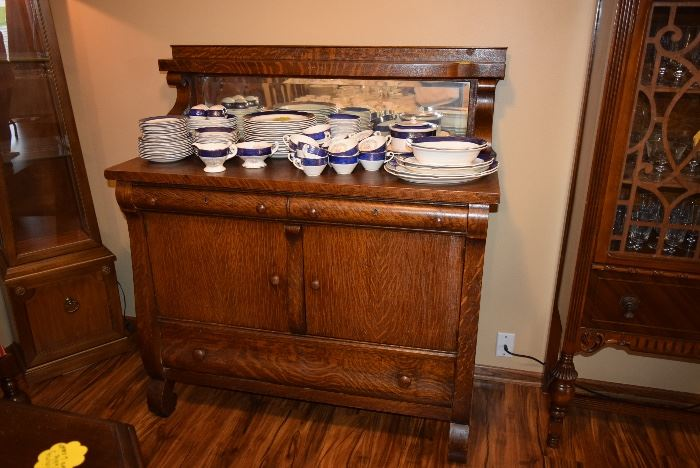 Vintage Sideboard/Buffet
