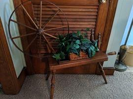 Spinning Wheel Planter