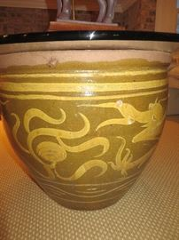 ANTIQUE JAPANESE FISH BOWL WITH ROUND GLASS TOP