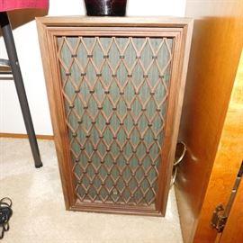 vintage pioneer stereo system Clean!vintage pioneer stereo system Clean!  Pioneer S-500G speakers,