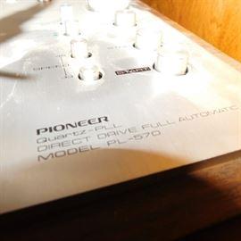 vintage pioneer stereo system Clean!vintage pioneer stereo system Clean!  Pioneer stereo system PL-570 turntable