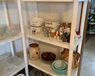 more glassware, Corning ware, Pyrex dishes