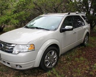 1. Ford Taurus Crossover