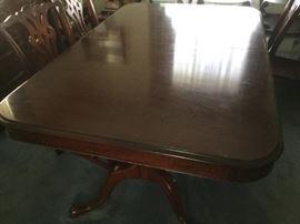 Solid Oak Claw Foot Pedestal Table https://ctbids.com/#!/description/share/120666