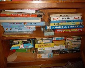 LOADS of OLD games and puzzles