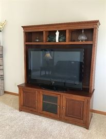 Tv/Entertainment Center * TV IS NOT FOR SALE