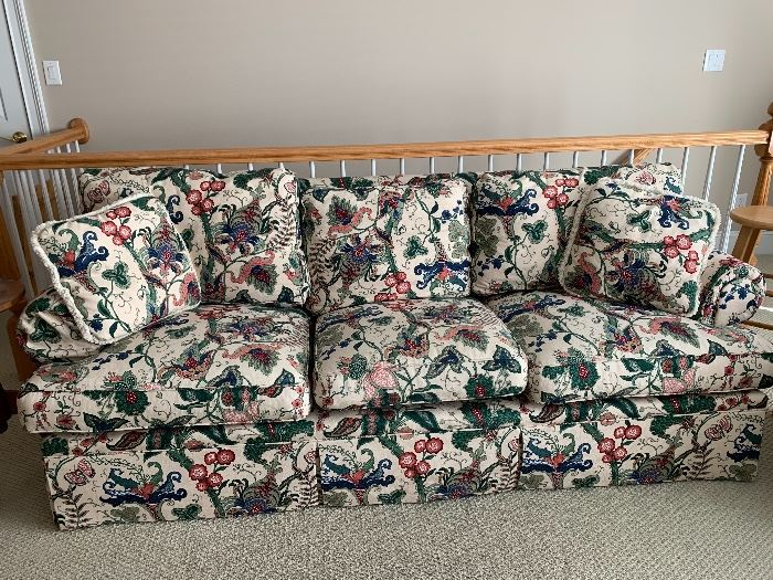 Soutwood Floral sofa...in really great condition