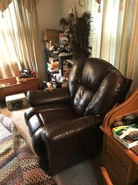 Leather Lazy boy recliner with tags