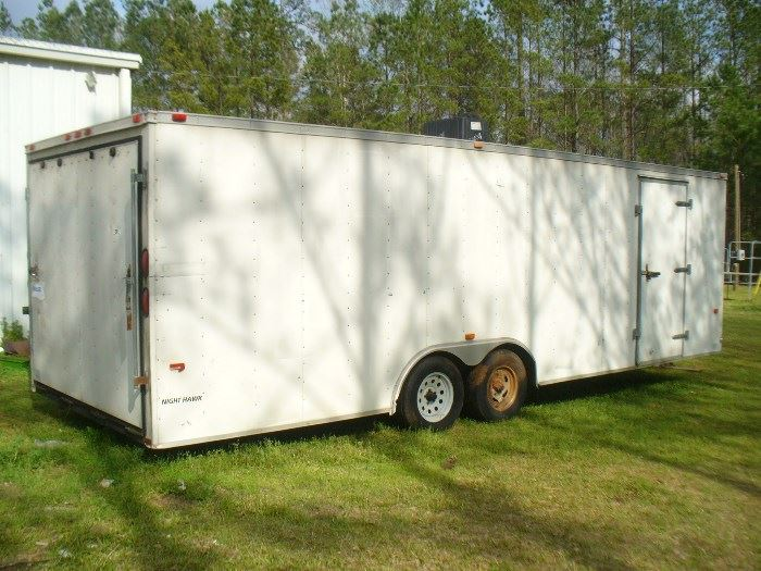 American Hauler Night Hawk 24' enclosed Auto hauler very good condition good tires and floor. Cable assisted rear door easy open and close. Lets make a deal!!