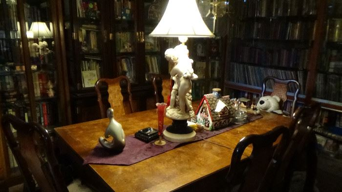 9000 books 18 china cabinets full antiques