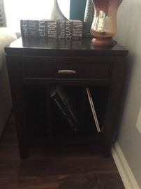 Havertys End Table